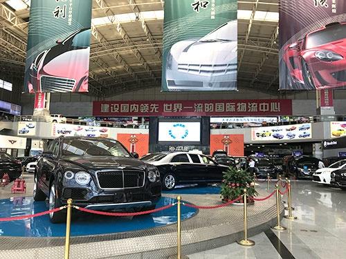【日経ビジネス】中国でなぜ新車販売が減っているのか?
